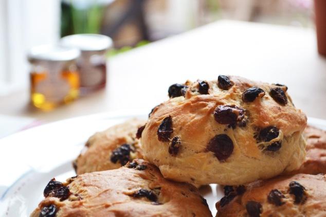 La ricetta di Ferragosto: i panini all'uvetta